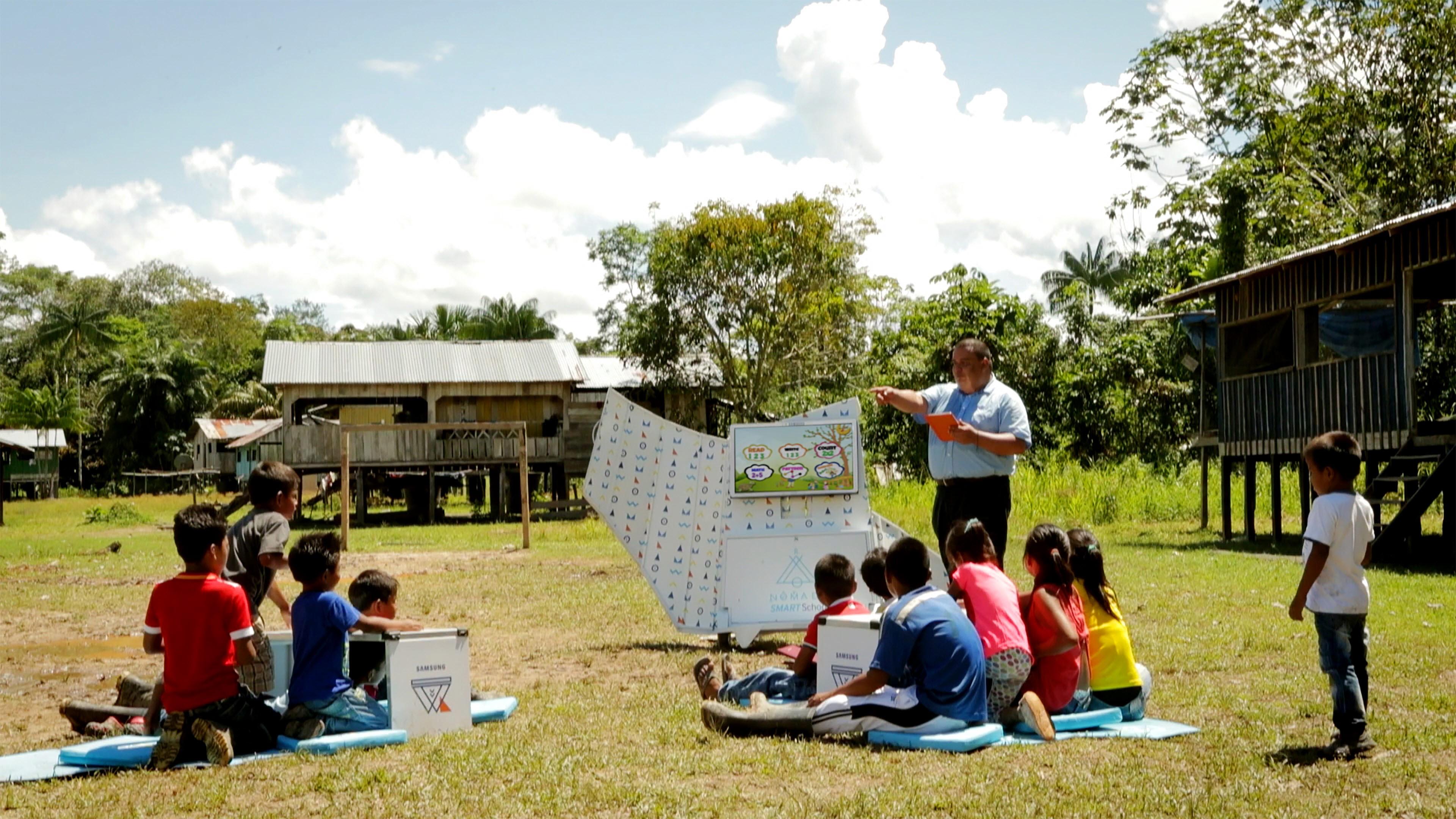 중남미 오지 어린이들을 위한 신개념 이동형 교육 솔루션 공개