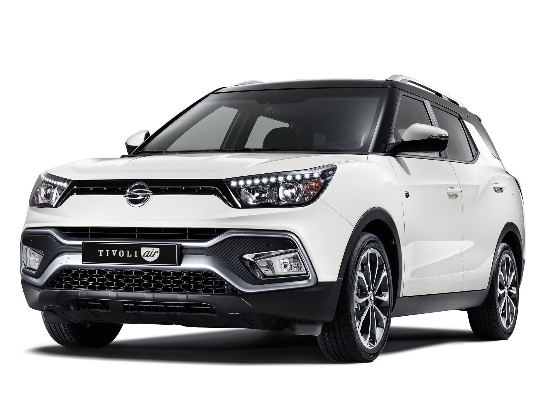 쌍용자동차, 티볼리 에어 가솔린 모델 출시