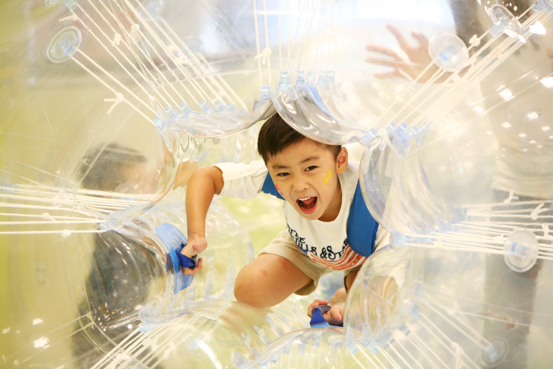 대한민국 대표 어린이 놀이 체험 공간으로 아이들이 놀면서 스포츠를 배우는 '챔피언' 오픈 기념 21일(목) 10:00~11:00, 딱 1시간 50명 무료 입장 이벤트로 똑똑하게 선점해라